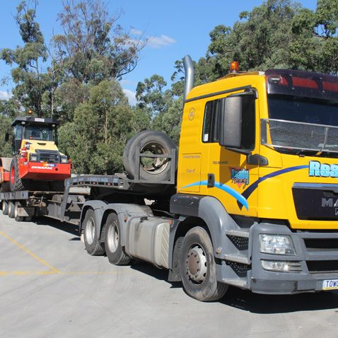 Heavy Vehicle Towing